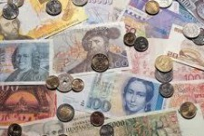 Глава Сбербанка России призывает отменить наличные деньги