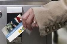 Московский таксопарк «Такси 991» начал принимать бесконтактные банковские карты