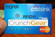 Держатели карт MasterCard PayPass Ситибанка могут снимать деньги в банкоматах Элекснет