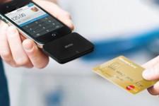 iZettle бесплатно распространяет свои мобильные мини-терминалы