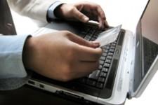 R-Style Softlab поможет защитить банковских клиентов от мошенников с помощью считывателя смарт-карт SafeTouch