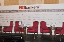 Мобильные платежные технологии приведут к тому, что традиционный банкинг исчезнет — Бретт Кинг