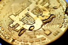 Global Payments предложил торговцам принимать Bitcoin