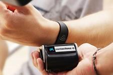 Испанский банк CaixaBank выпустил браслеты для бесконтактных платежей