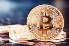 """Очередной """"наезд"""" на Bitcoin в России: часть большого плана или """"утка""""?"""
