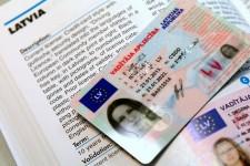 Идентификация вкладчиков по водительским правам незаконна – латвийский банк
