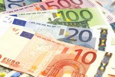 В Европе стало больше наличных денег