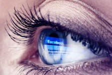 Facebook создаст виртуального помощника для онлайн-покупок