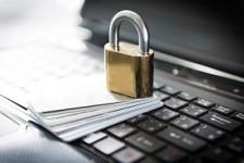 Банки не стремятся уберечь своих клиентов от кибермошенников