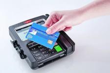 В Украине продолжает расти популярность бесконтактных платежных карт