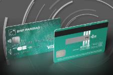 Платежная карта с мини-экраном: безопасность по-французски