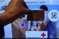 Французский банк тестирует витрины для бесконтактных платежей