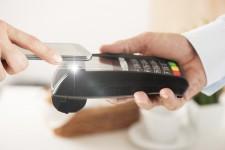 Самый дорогой банк мира запускает мобильный NFC-кошелек