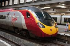 В Великобритании планируют отказаться от бумажных железнодорожных билетов в пользу смартфонов