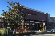 Amazon откроет сотни книжных магазинов