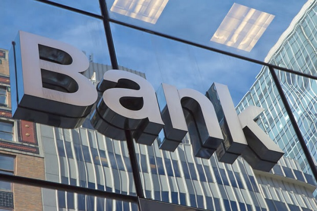 bank310316