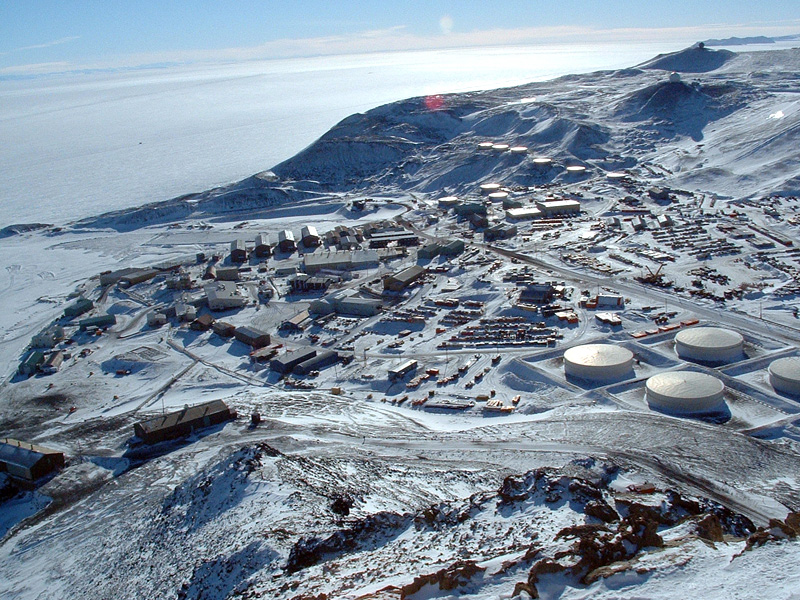 mcmurdo-from-ob-hill