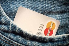 MasterCard будет сотрудничать с Facebook и Twitter