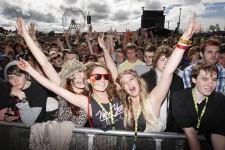 Украинские фестивали предлагают сделать безналичными