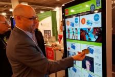 Производитель платежных терминалов внедряет платежи на больших экранах