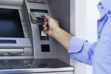 Разрушенная «Атмосфера»: что принесет закрытие крупной сети банкоматов