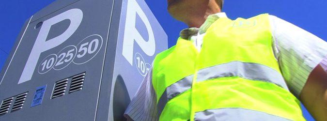Паркоматы в Киеве будут принимать бесконтактные карты