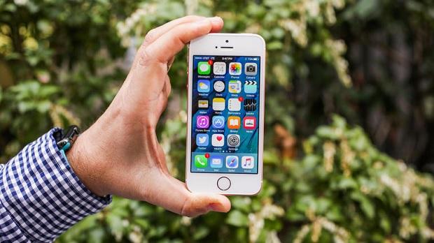 Девять лет славы: 9 интересных фактов об iPhone (видео)