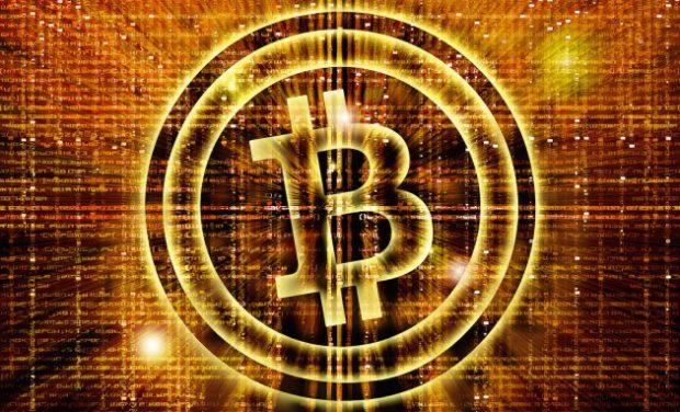 Bitcoin становится надежнее традиционных валют (видео)