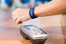 ТЕСТ: что вы знаете о платежных функциях браслетов и часов