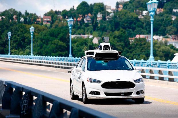 Uber запустит беспилотное такси (видео)