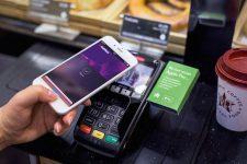 Стало известно, когда запустят Apple Pay в России