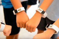 Школьники тестируют бесконтактные носимые устройства