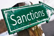 Ответные санкции: Россия может ограничить переводы в Украину