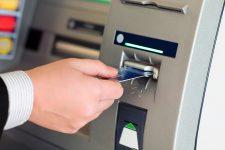 Банкоматы в опасности: скимминг нового поколения пришел в Украину