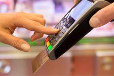 Меньше карт, больше транзакций: итоги рынка платежных карт в 2016 году