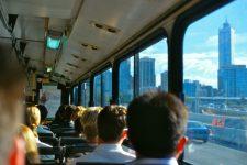 Оплатить проезд в транспорте можно будет с помощью фитнес-трекера