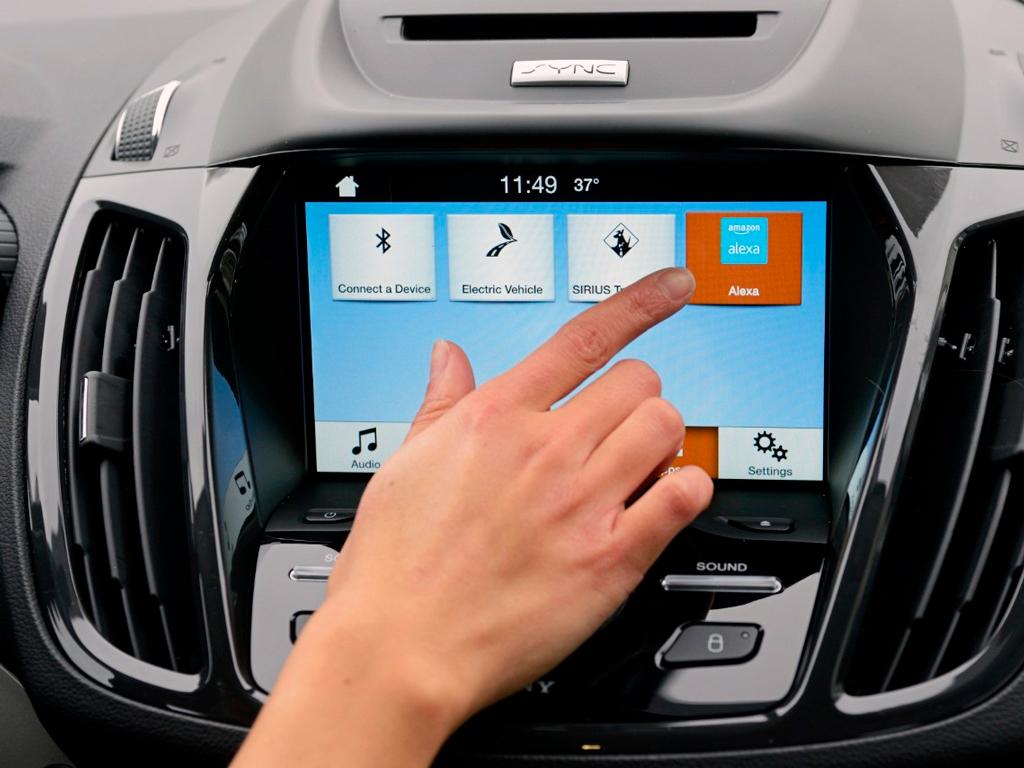 Amazon Alexa в автомобилях Ford