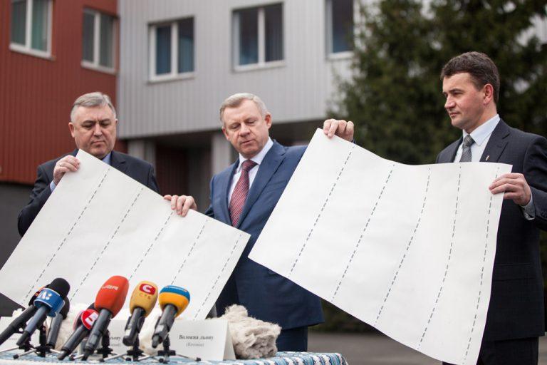 grivna-4-768x512 Как изготавливают деньги в Украине: ТОП-5 интересных фактов с фото