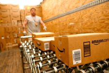 Amazon будет выпускать кредитные карты