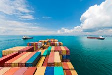 Amazon выходит на рынок морских грузоперевозок