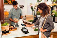 Мобильные платежи в Великобритании: пластиковые карты под угрозой
