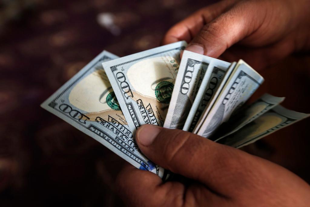 выводить валюту за границу