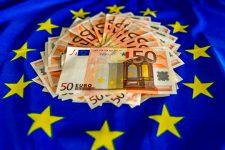 Новая банкнота номиналом 50 евро введена в обращение