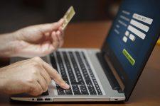 Как украинцы расплачиваются картой в интернете — исследование