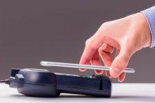 Смартфон-кошелек: насколько удобна и безопасна технология NFC? (инфографика)