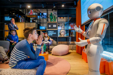 Роботы будут обучать детей финансовой грамотности
