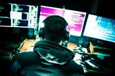 Хакеры готовят массовые атаки на банки по всему миру