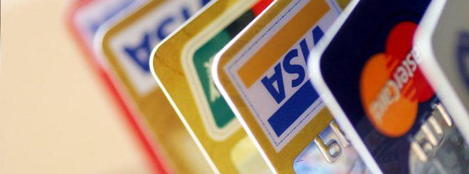 Как и для чего украинцы используют банковские карты: ТОП-5 трендов