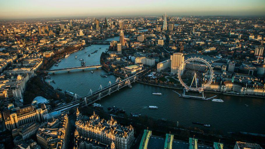 Лондон местная цифровая валюта