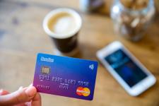 Европейский мобильный банк запускает счета для бизнеса